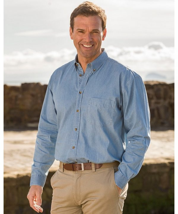 The Rantin Robin Hoggs of Fife Classic Chambray Shirt Model