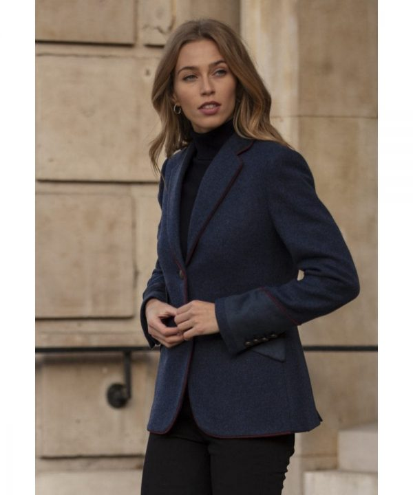The Rantin Robin Welligogs Dorchester Ladies Fitted Jacket Model
